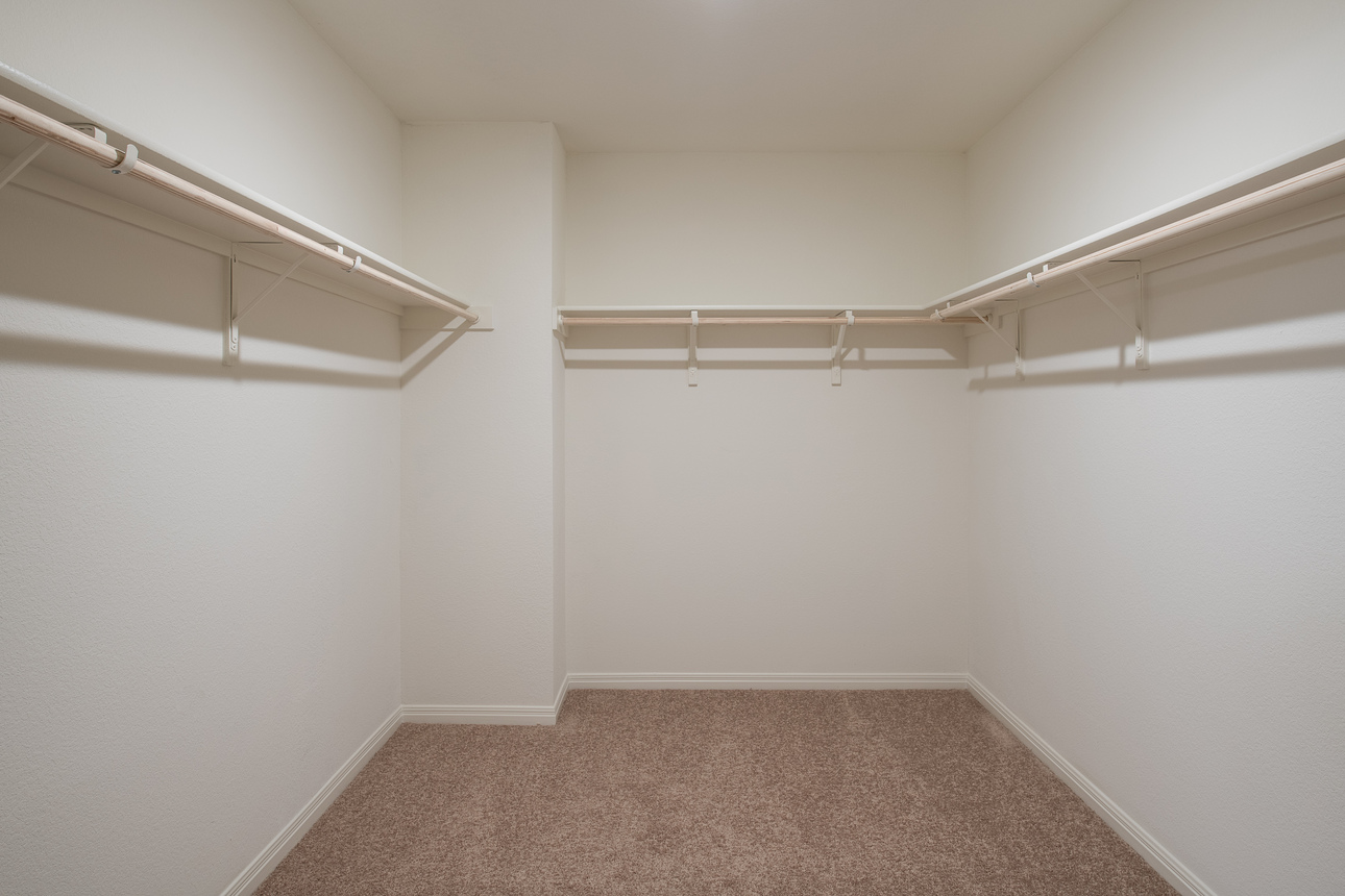 Starlight Homes Supernova Master Closet