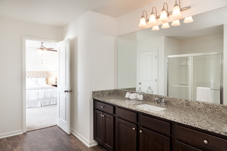 Starlight Homes Beacon Master Bath