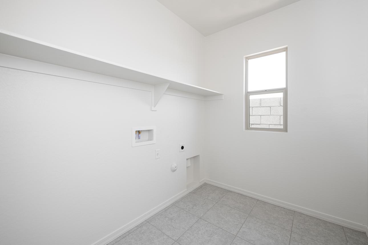 Starlight Homes Laundry Room